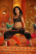 Shruti Haasan Hot photos from Balupu Song-thumbnail-1
