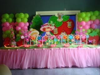 Decoração festa infantil feminina: Moranguinho
