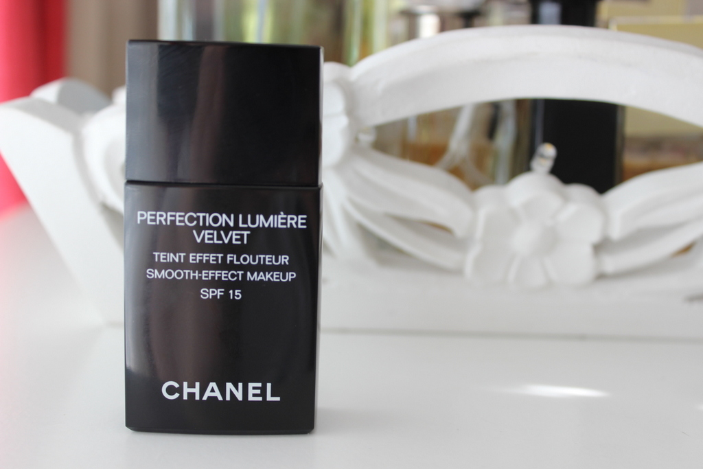 first impressions chanel perfection lumiere velvet demo. Black Bedroom Furniture Sets. Home Design Ideas