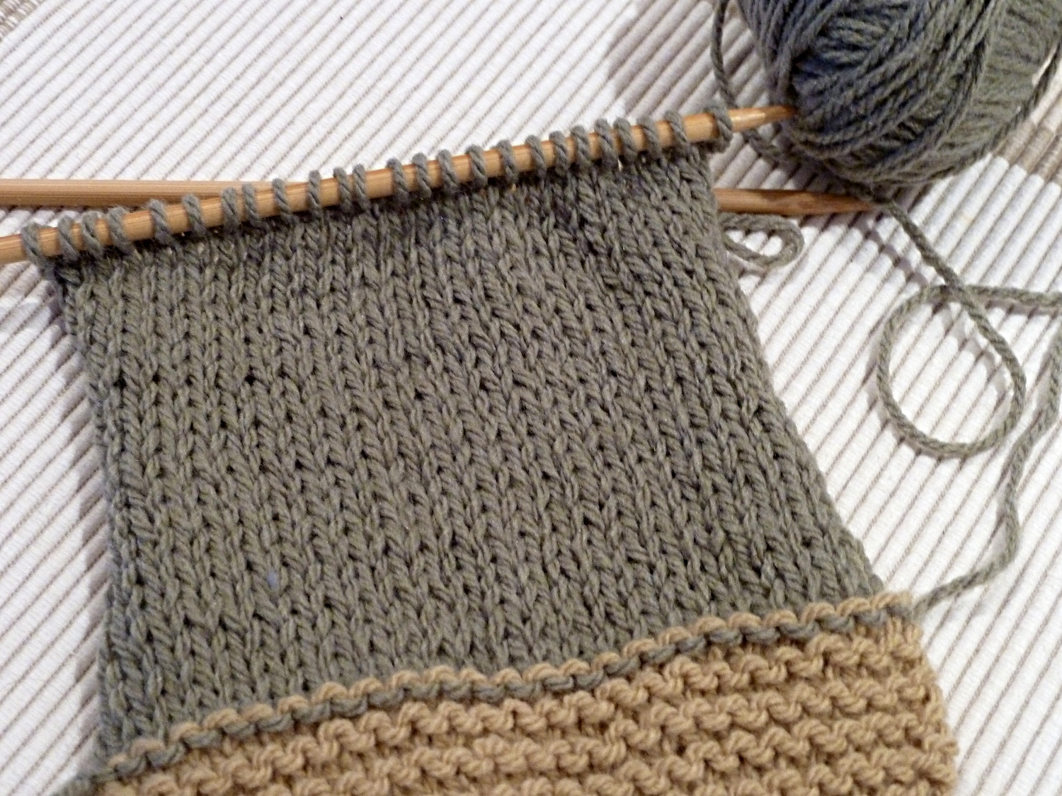 Increase Knit Stitch Beginning Row : Knitting for beginners #s 5 & 6 - A Stitching Odyssey