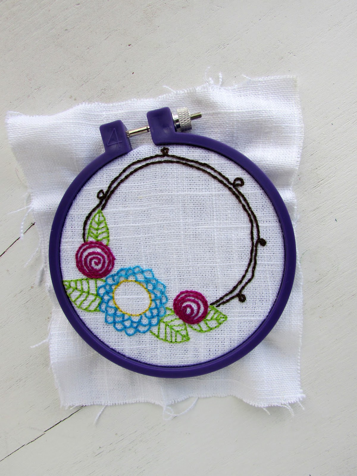 A Lively Hope: Flower Wreath Hand Embroidery Free Pattern
