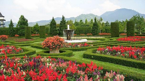 Gambar Taman Bunga Nusantara Jawa Barat