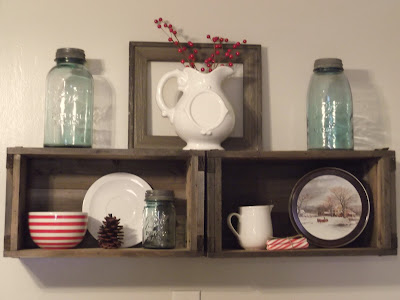 http://leahjayewright.blogspot.com/2012/11/christmas-decorating.html