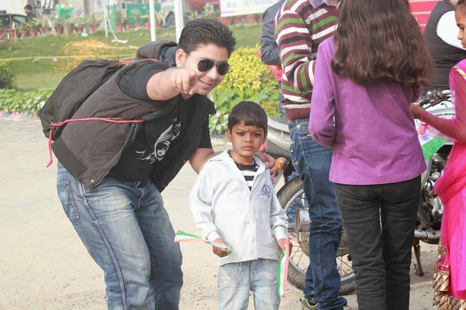 Rohan Kalia - Spreading Smiles