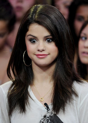 Selena Gomez Cute Pics on Selena Gomez Cute Pics 6 Jpg