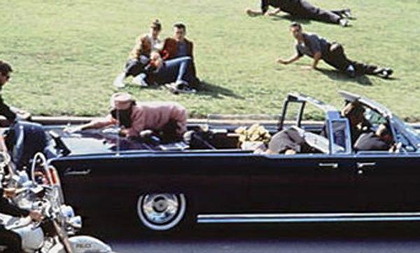 Muere George F Kennedy Hoy.