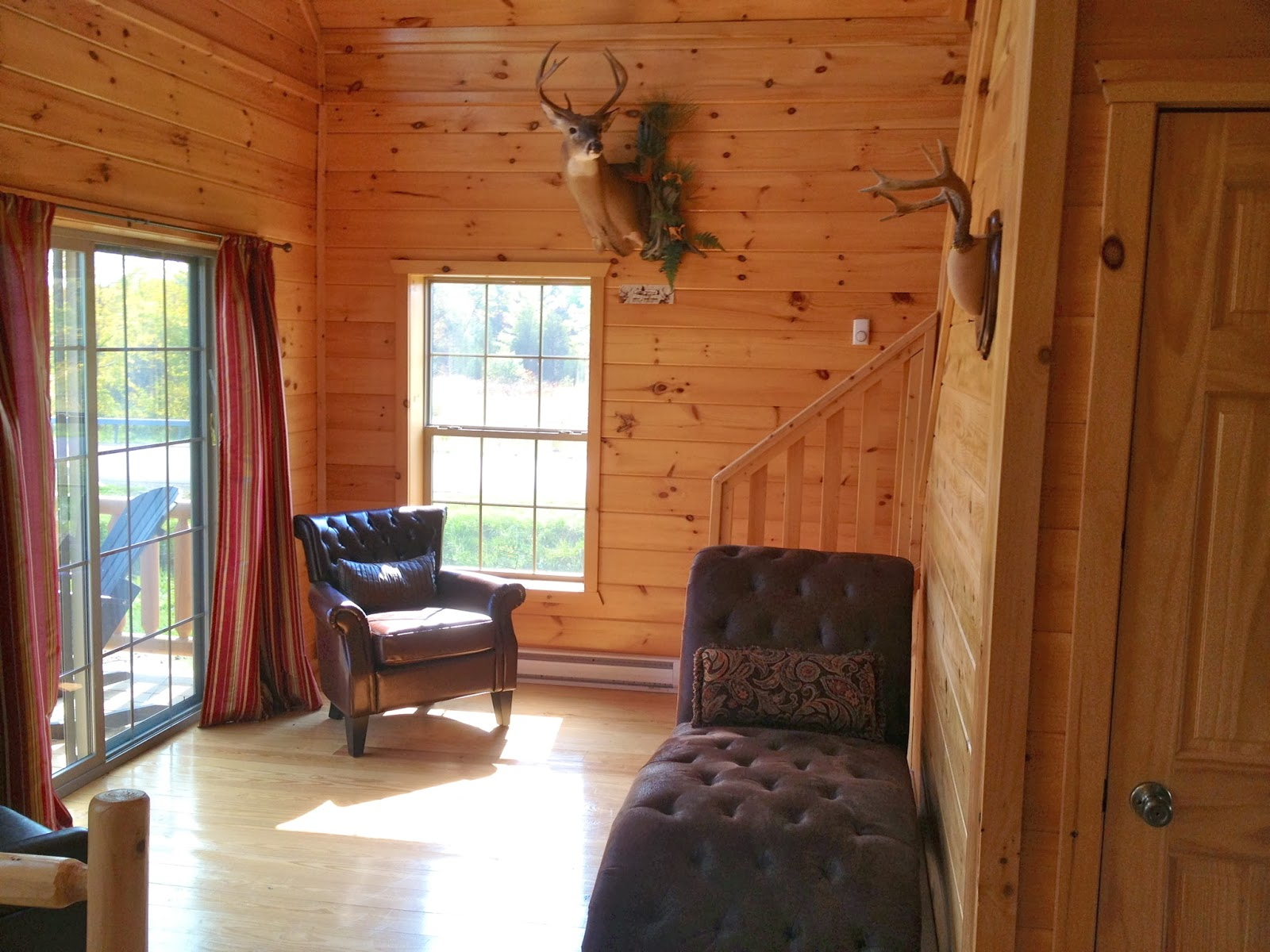 Small Scale Homes: Wood-Tex Prefab Cayuga Log Cabin