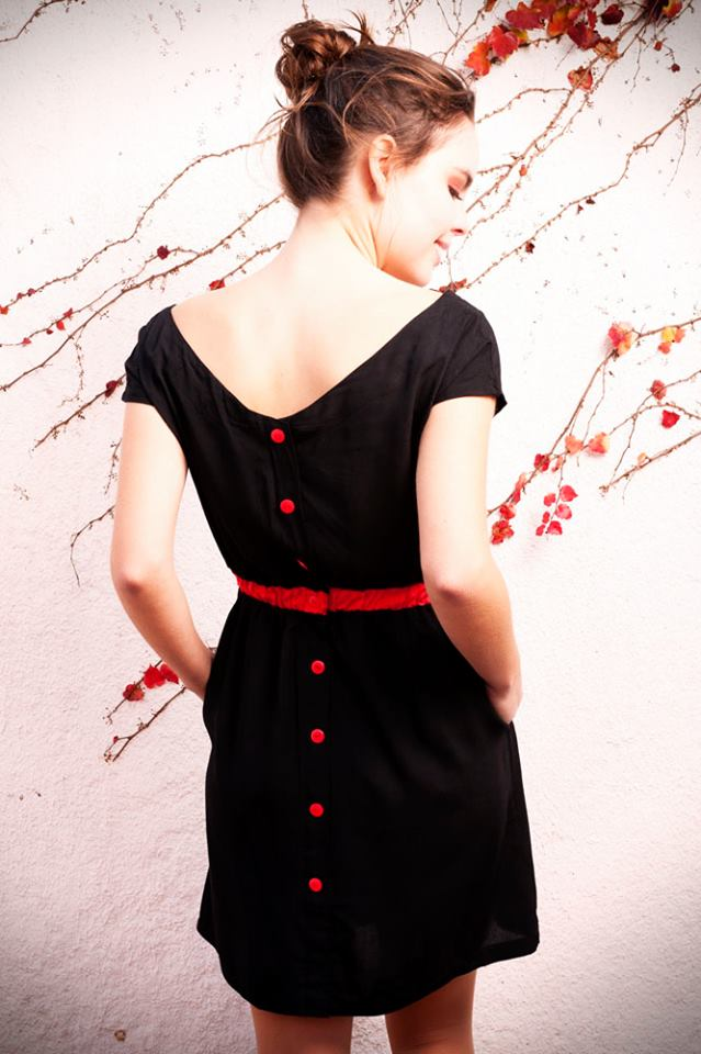 Vestido botones espalda