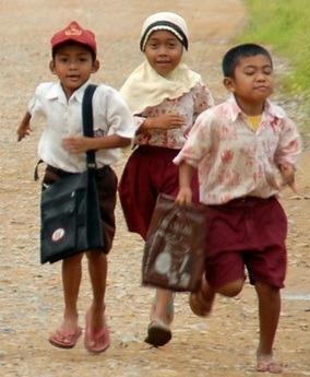 Tips Pendidikan Anak Untuk Keluarga Tidak Mampu Dalam Belajar Dan Mengaji