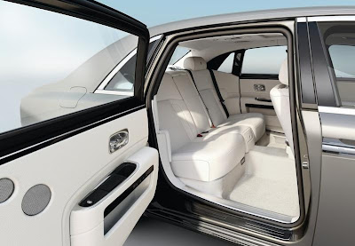 2012 Rolls-Royce Ghost Extended Wheelbase,rolls royce ghost,latest rolls royce,luxury cars,new rolls royce,cars 2012,rolls royce pictures