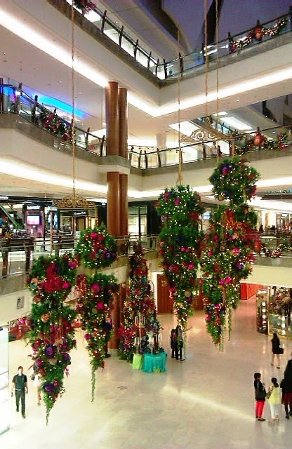 UTOPIA: Review: Christmas @ Mid Valley & The Gardens Mall