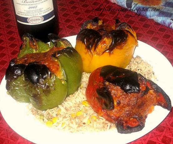 grilled pepper with tuna and rice
