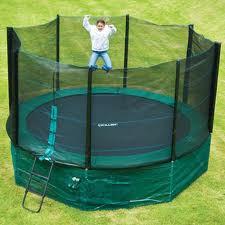 hoe groot moet trampoline zijn