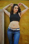 Reena Bhatia glamorous photos-thumbnail-10