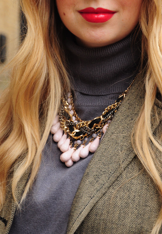 turtleneck and necklace