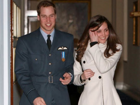 kate and william wedding invitation. prince william royal air force