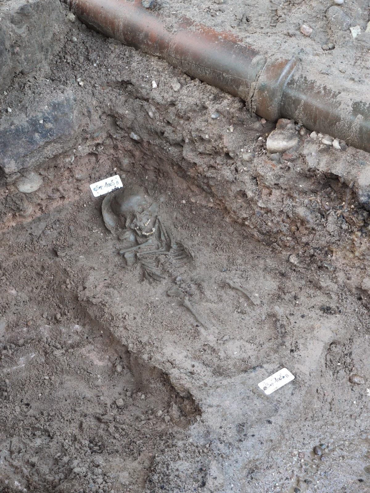 Une sépulture d'enfant