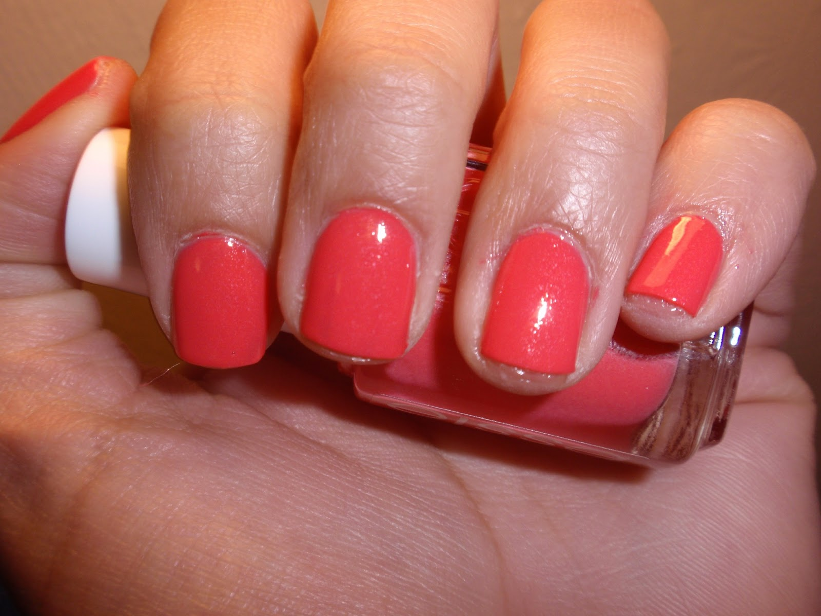 Essie 2013 Summer Polish--Sunday Funday Swatch and Review | Pretty ...