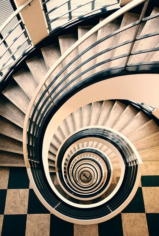 Spiral stairs designs ideas pros and cons stairs designs for Spiral staircase design plans