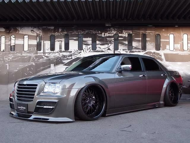 1000 Dollar Cars >> Tricked Out Showkase - A Custom Car | Sport Truck | SUV | Exotic | Tuner | Blog: Sleek Chrysler ...
