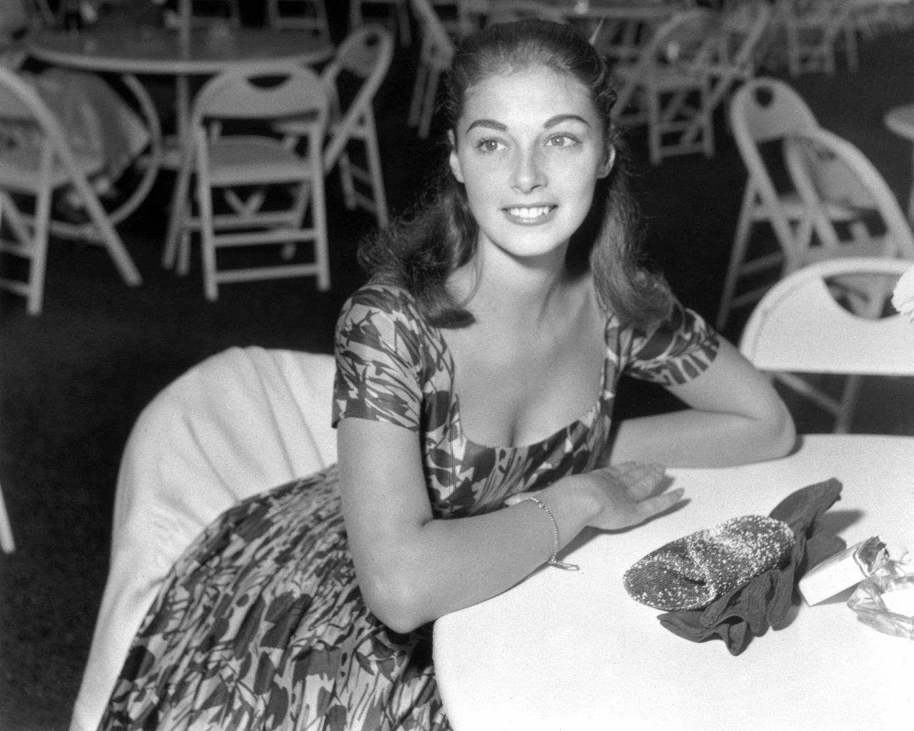 Beauty Icon Of The Month: PIER ANGELI