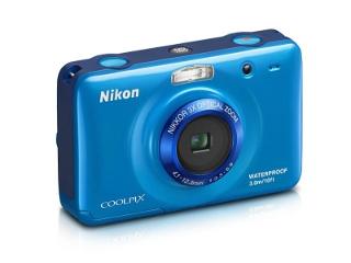 wodoodporny aparat Nikon S30