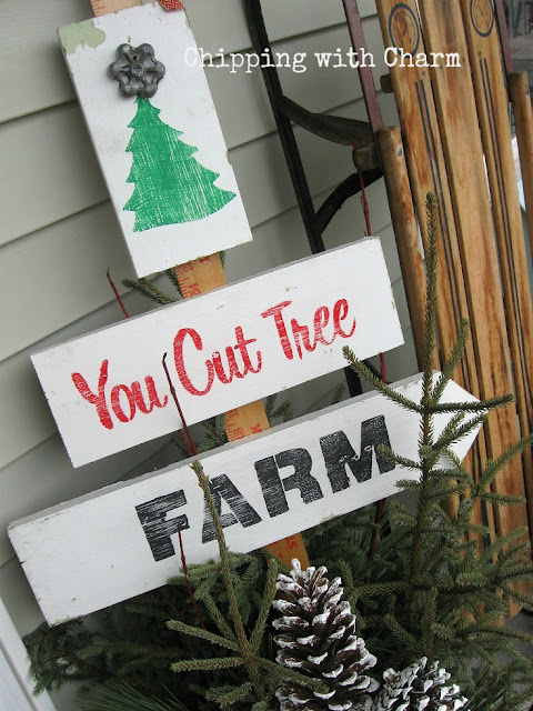 Chipping with Charm: Tree Farm Arrow Sign Old Sign Stencils...www.chippingwithcharm.blogspot.com