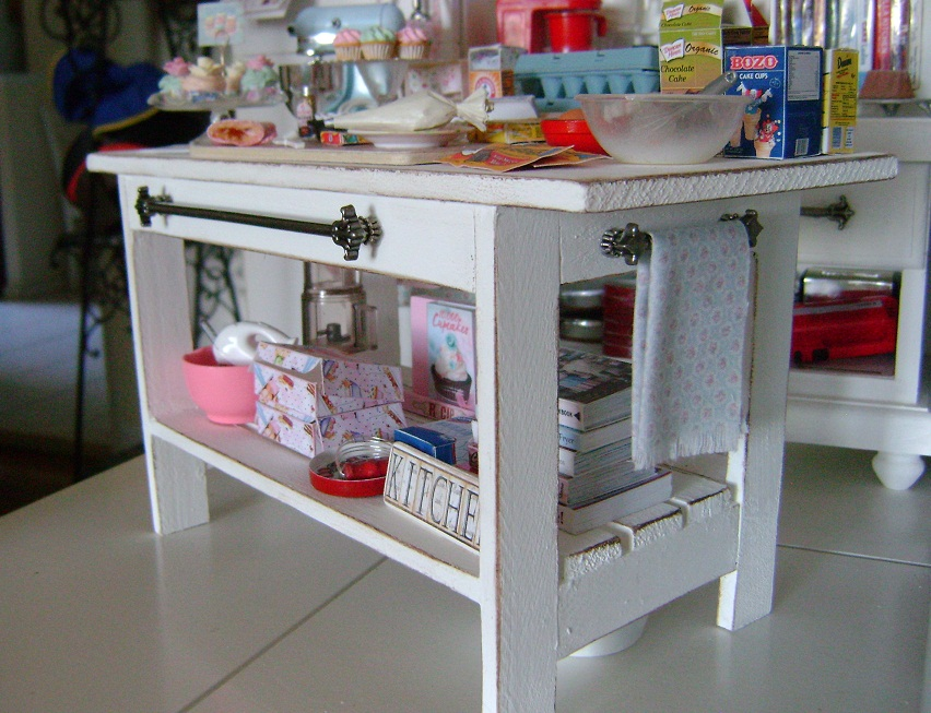 Baking In Miniature: 1:6 Scale Kitchen Island Table