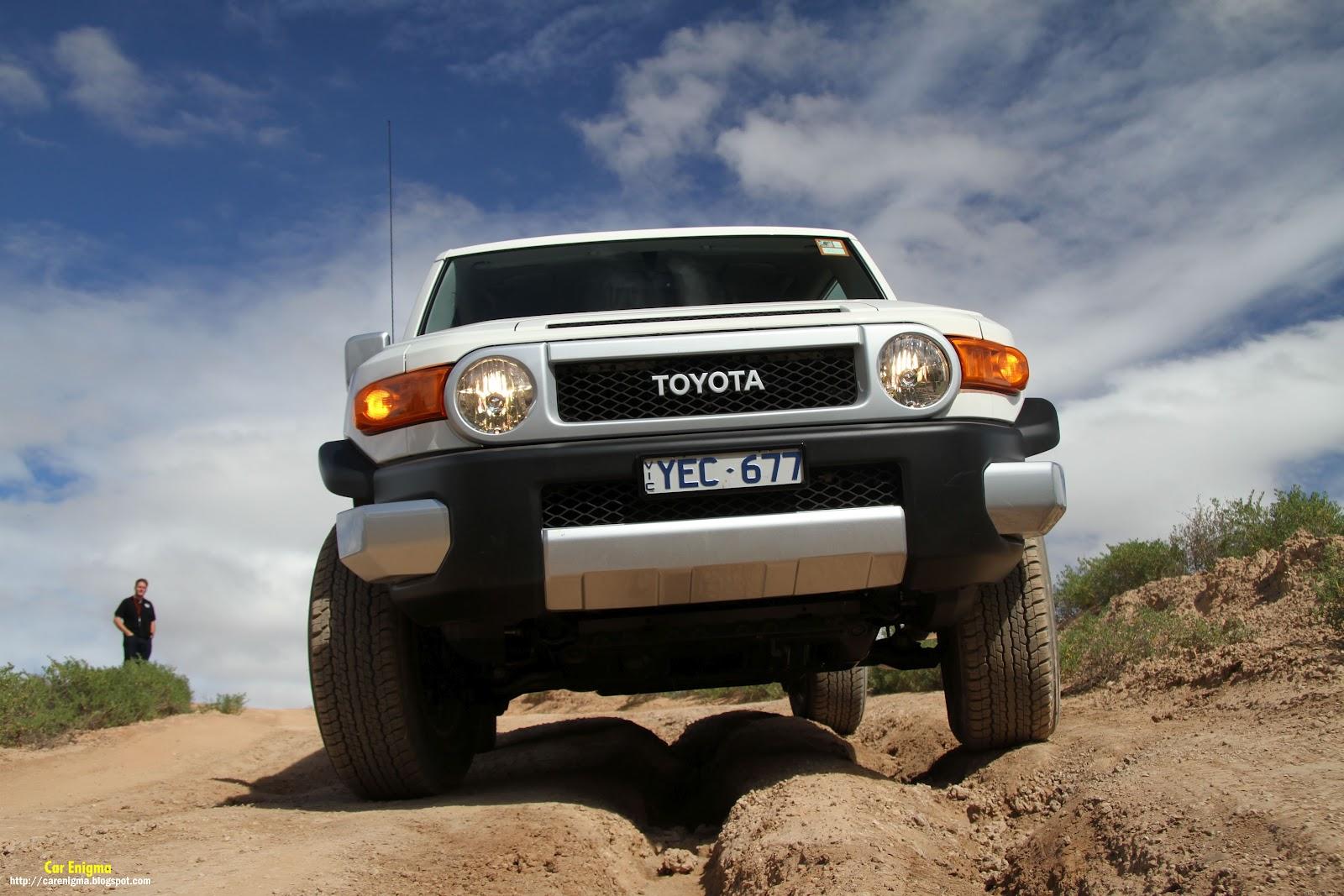 http://4.bp.blogspot.com/-XqhLIB86-Ek/T2bxBG7lrPI/AAAAAAAAAuw/I_Rk3sHIzBU/s1600/FJ_Front_Grey-Cruiser-Below.jpg