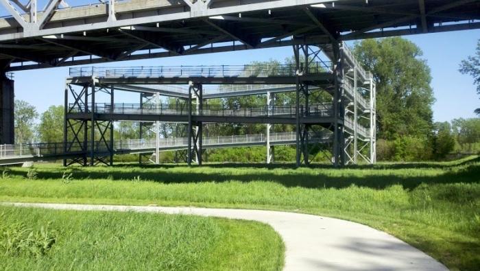 Jefferson City, MO bike switchback ramp across Missouri River, bridge bicycle infrastructure