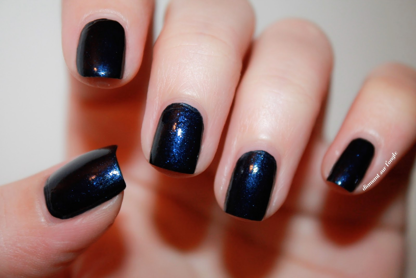 "Swatch of ""Bleu Moonlight"" by Bourjois"