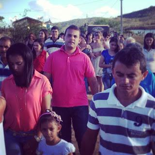 Max de Zé de Toinho participou na tarde de hoje da Procissão de Nossa Senhora de Lourdes , padroeira do Povoado Salgado em Ribeirópolis.