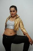 New Actress Pooja glam pics-thumbnail-18