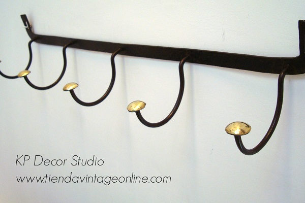Comprar perchero de pared estilo industrial antiguo