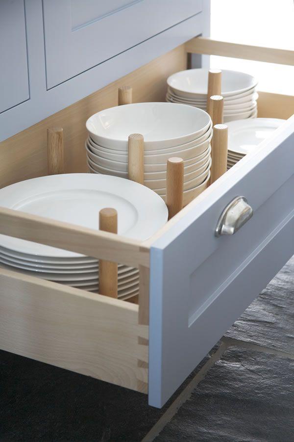 kitchen-drawer-organization