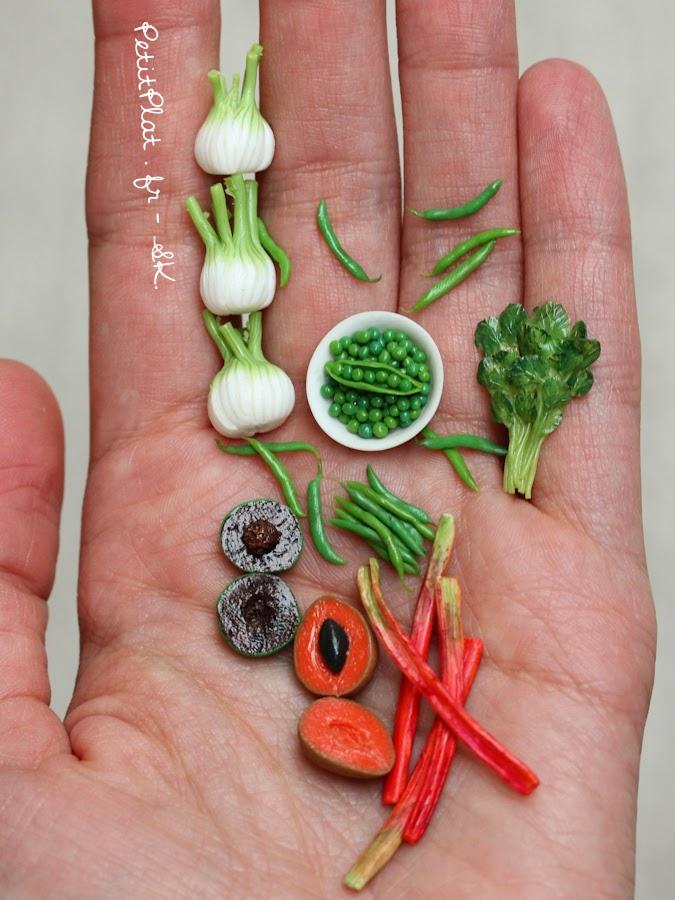 Mini fruit and veggies, Stephanie Kilgast, PetitPlat Miniature Food.