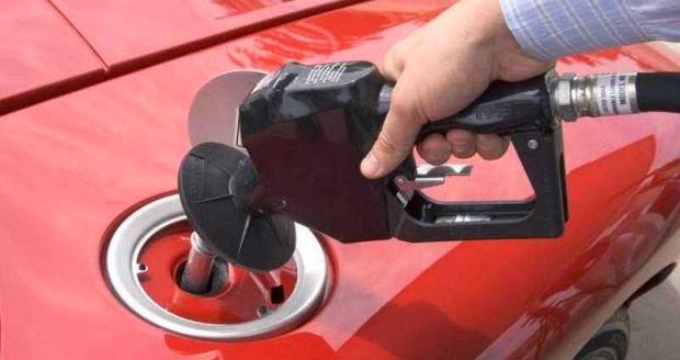Mẹo lái xe tiết kiệm nhiên liệu