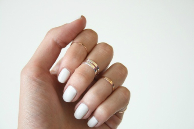 white-nails-gold-rings