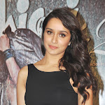 Shraddha Kapoor Sexy In Black Dress At  'Aashiqui 2' Success Party