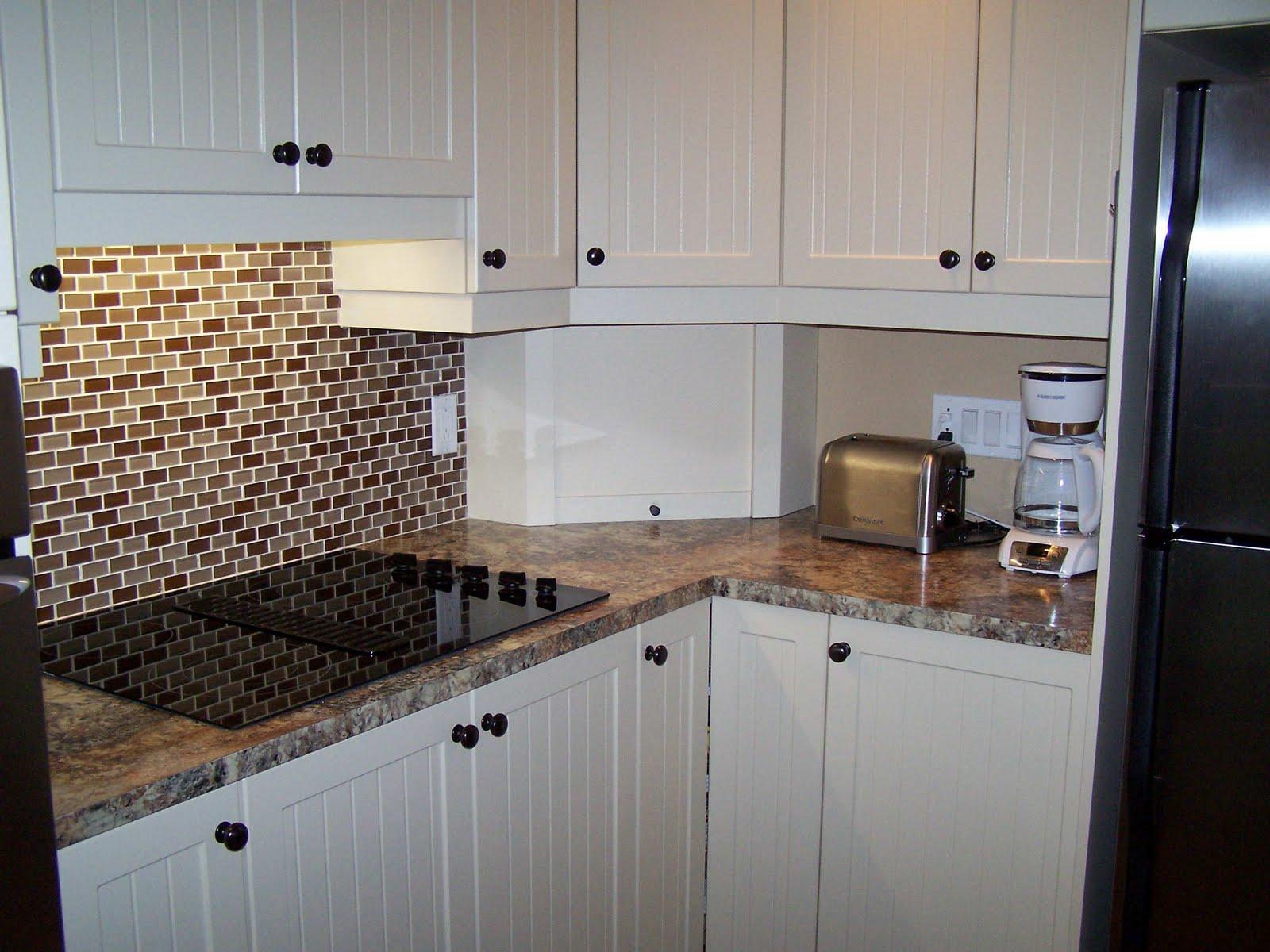 Specialit smm armoire de cuisine en thermoplastique - Stratifie comptoir cuisine ...