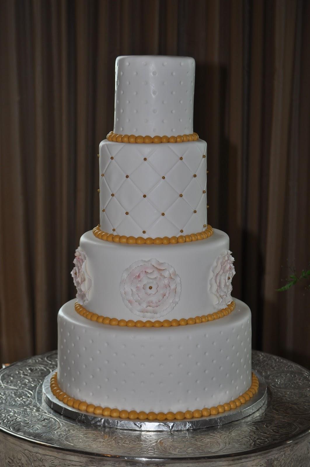 Leahs Sweet Treats Sprinkle Cakes Wedding Cakes Custom Cakes