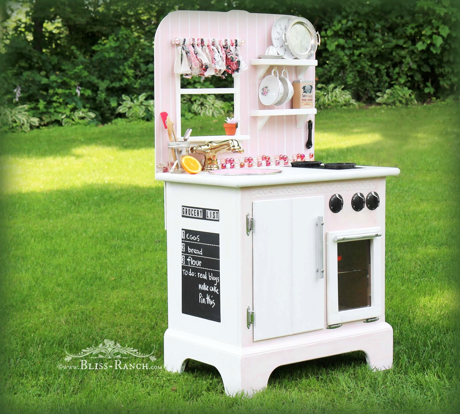 Upcycled Nightstand to Play Kitchen Bliss-Ranch.com #playkitchen #repurposedfurniture #kids