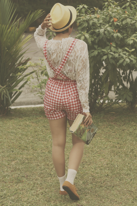Gingham, vintage dungarees, vintage outfit, mori girl, mori style, fashion blogger, style, outfit, youtube fashion, lace blouse