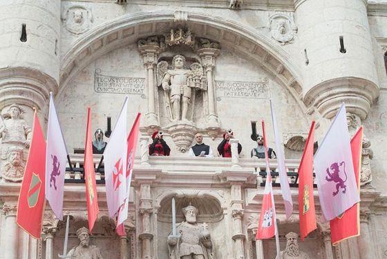 imagen_burgos_cid_medieval_cidiano_rio_arco_santamaria_pregon_banderas