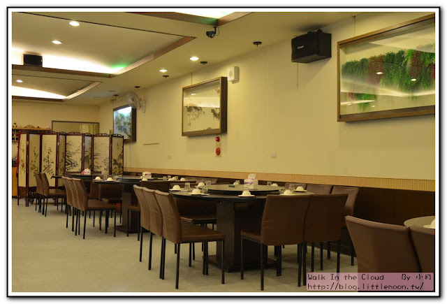 新明人客家食堂 - 寬闊的座位