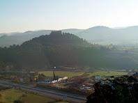 El Castell de Balsareny des de dalt del Fortí del Serrat del Maurici