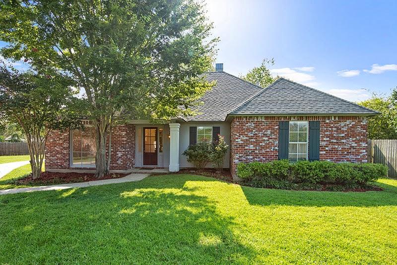 http://www.buyorsellbatonrougehomes.com/listing/mlsid/393/propertyid/B1410736/