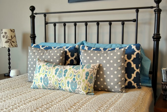 DIY pillows for bed