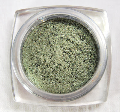 L'Oreal Infallible 24 Hr Eye Shadow in Golden Sage