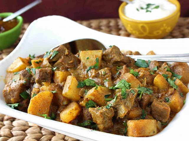 Sri Lankan Tasty Recipes: BREADFRUIT (OR POTATO) AND BEEF ...